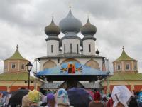 Новгородцы побывали на празднике Тихвинской иконы Богоматери: фоторепортаж