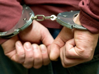 В Валдае полицейские задержали похитителей сельского моста