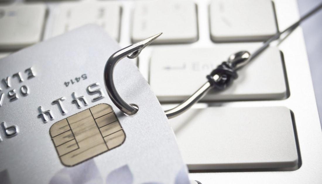 Новгородки становятся реальными жертвами виртуальных мошенников, причём ежедневно