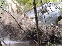 Боровичские джиперы прокладывают маршрут гонки на выживание