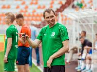 Бывшая команда Анатолия Романовича провела исторический матч