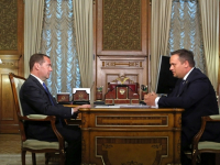 Дмитрий Медведев на встрече с Андреем Никитиным оценил успех новгородцев на WorldSkills: «Молодцы!»