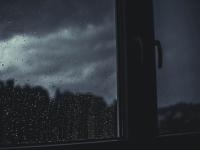 Ночью на некоторые районы Новгородской области обрушился ливень с грозой