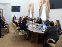 Новгородские кандидаты в Государственную и Областную Думы прошли жеребьевку по распределению бесплатного телеэфира и печатных материалов