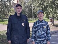 Новгородские стражи порядка спасли жизнь человеку, находившемуся в бессознательном состоянии