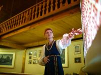 Новгородский реконструктор традиционной одежды поделилась старинными секретами