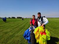 Новгородцы попробуют побить мировой рекорд по парашютной групповой акробатике