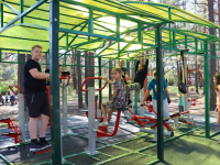 В Хвойной завершили благоустройство парка железнодорожников