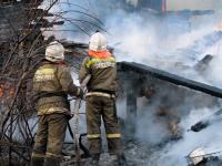 Пожар полностью уничтожил дом в посёлке Крестцы