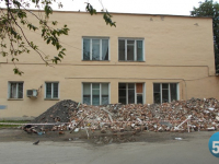 В Великом Новгороде началось преображение спортзала на древнейшей улице России