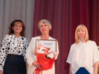 «Акрон» наградил лучших учителей химии и физики
