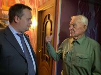 Андрей Никитин поздравил ветерана Великой Отечественной войны Александра Попова с 97-летием