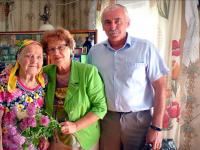 Двадцать правнуков поздравляют с юбилеем  Анну Михайловну Зуеву из Поддорского района