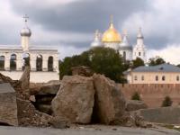 Новгородцев обеспокоило исчезновение «Уставшей туристки»