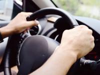 Новгородцы могут выиграть планшет за рисунок или фото о безопасности детей в авто