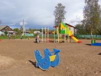 В деревне Сергеево Парфинского района появилась детская игровая площадка