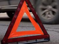 В Новгородской области угодили в ДТП молодые водители автомобиля и мопеда