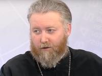 Новгородский священнослужитель рассказал на НТ, что доверяет теории эволюции