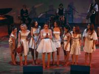 Очаровательные девушки расскажут новгородцам откровенные истории о любви