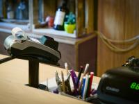 Некоторые жители Новгородской области смогут оплачивать услуги ЖКХ в магазинах