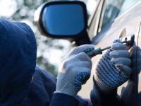 Новгородские школьники угнали автомобиль