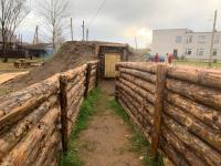 В новгородской деревне Савино губернатор познакомился с полосой препятствий 1930-х