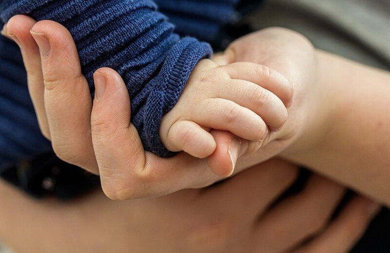Будьте внимательнее: назван симптом, сигнализирующий о коронавирусе у детей  - 53 Новости