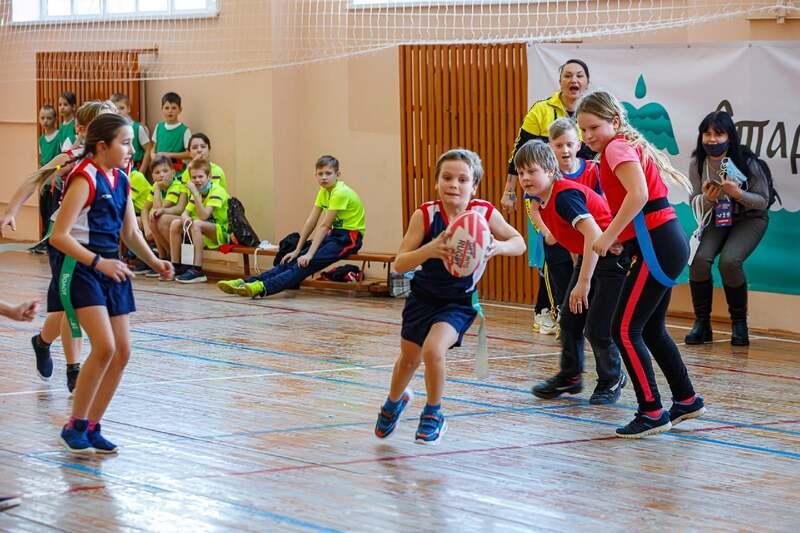 В Старой Руссе состоялся фестиваль детского регби